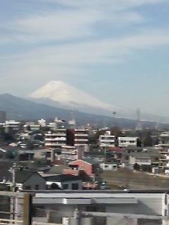 今日の富士山は三島から