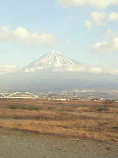 今朝も綺麗に富士山が見えました